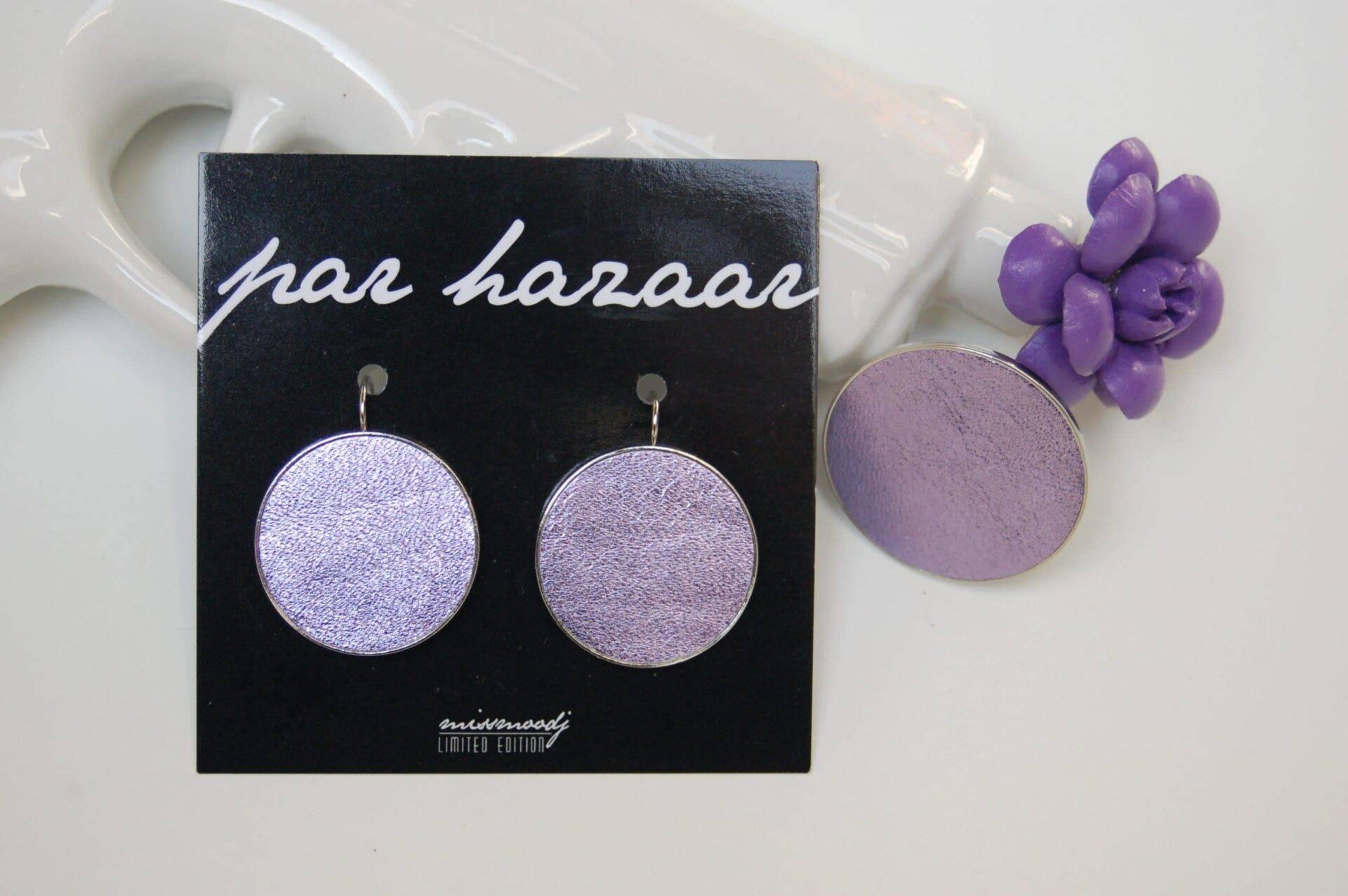 oorbellen en ring lila