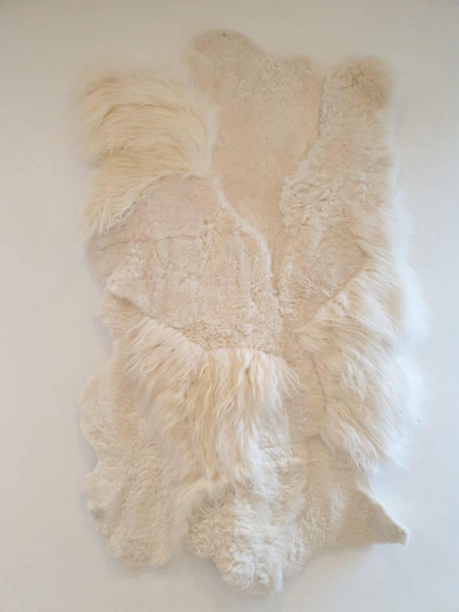 1 schapenvacht patchwork tapijt wit 1.jpg 2 - Patchwork schapenvacht tapijt