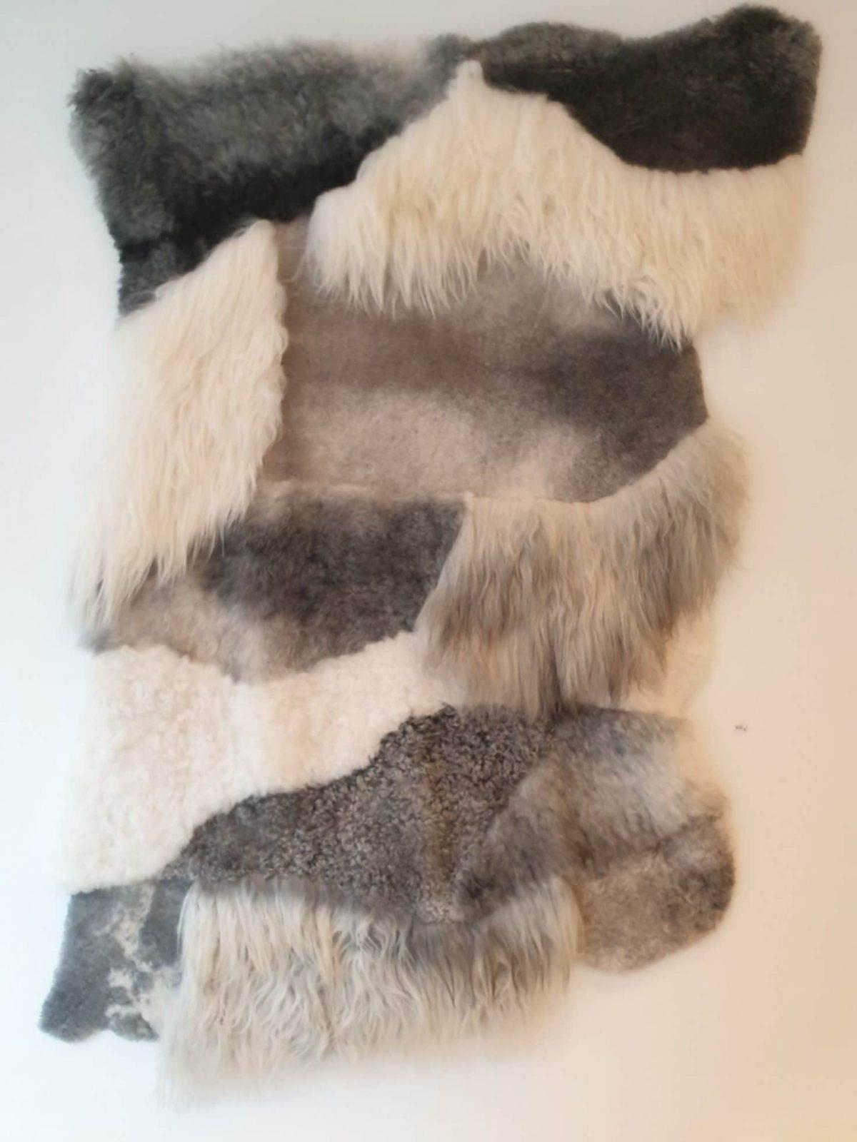 9 schapenvacht patchwork tapijt wit en grijs