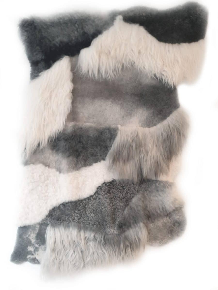 tapijt 9 2 - Patchwork schapenvacht tapijten mix natuurlijk wit & grijs