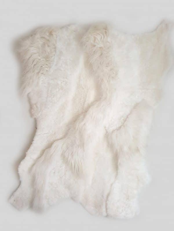 18 1 - Patchwork schapenvacht tapijt wit (nr. 18)