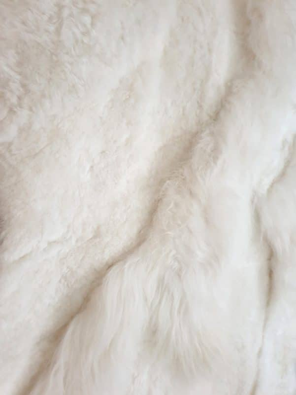 18 4 - Patchwork schapenvacht tapijt wit (nr. 18)