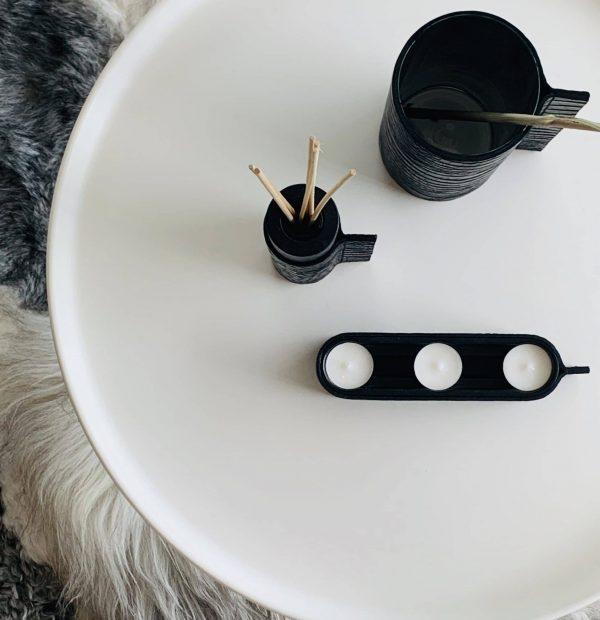 IMG_726tlicht houder, mini rituls koker en hoge vaas zwart